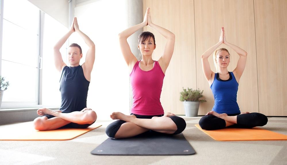 wie yoga ihren körper und ihre seele stärken kann power yoga