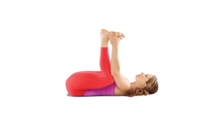 best yoga poses for glutes photo