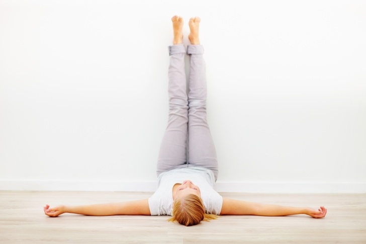 guide of benefits of legs up the wall yoga images