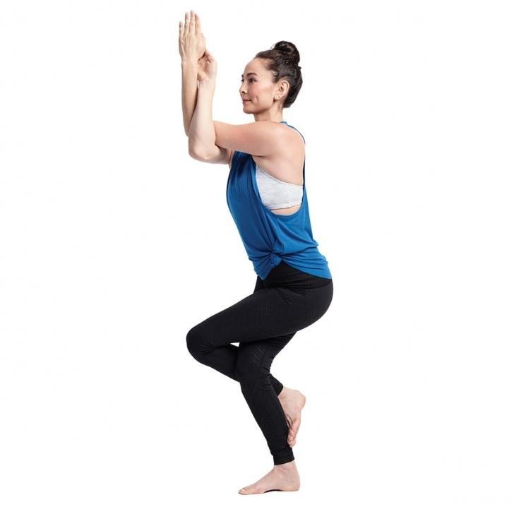 guide of eagle pose yoga image
