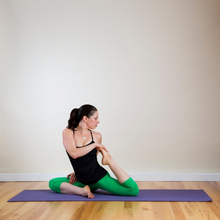 most common yoga sequence twists picture