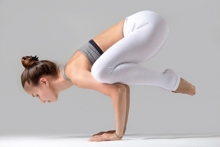 most important bakasana yoga pose picture