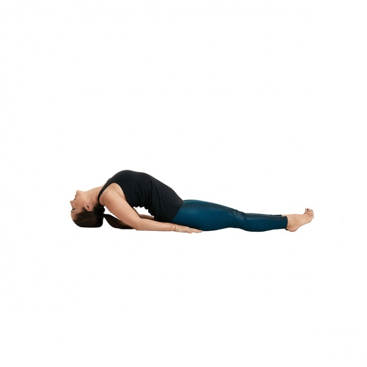 must know yoga poses benefits of matsyasana photo